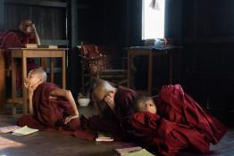 Mönche auf Zeit, Pindaya, Myanmar 2012      © Halina Hildebrand